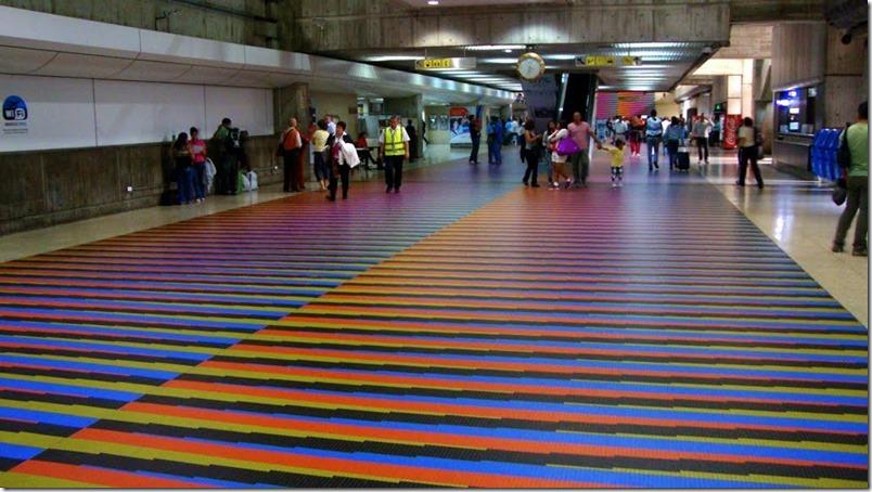 aeropuerto-maiquetia-emigrantes