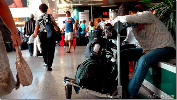 venezolano-aeropuerto-emigracion