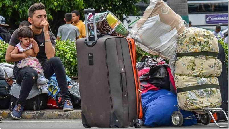 venezolano-emigrando-afp